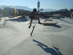 Street ou freestyle, le skateboard se pratique de plusieurs façons en Alsace.