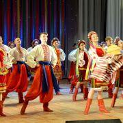 Spectacle folklorique ukrainien : Flowers of Ukraine et Ale Up