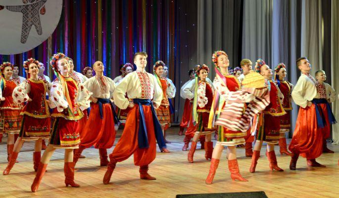 Spectacle folklorique ukrainien: Flowers of Ukraine et Ale Up
