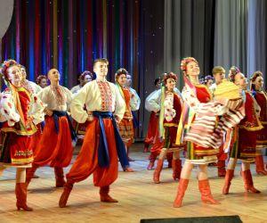 Spectacle folklorique ukrainien : Flowers of Ukraine et Ale Up