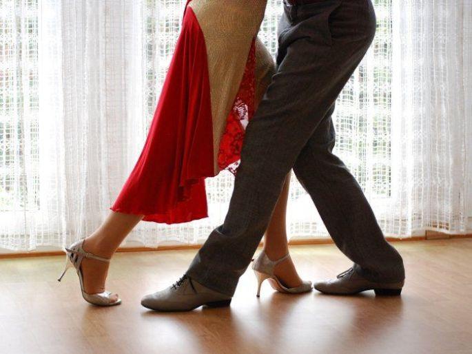 Tango Attitude Strasbourg propose des cours de tango
