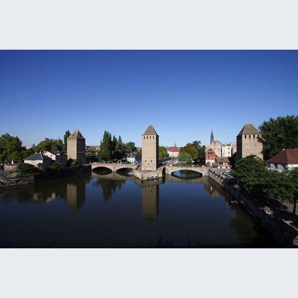 Ponts couverts de strasbourg l ment remarquable et for Maison de l emploi strasbourg