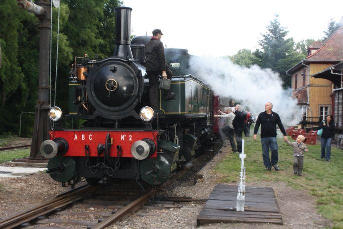 Un voyage dans un train à vapeur comme au début du XXe siècle