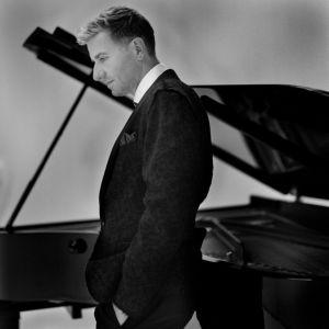 Le pianiste Jean-Yves Thibaudet en concert avec l\'OPS