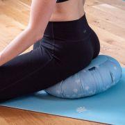 5 accessoires pour bien débuter le yoga