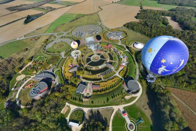 Vu d'en-haut, on voit très bien la forme circulaire du parc